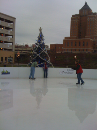 Christmas Tree on rink